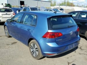 2016 Volkswagen E-Golf Blue