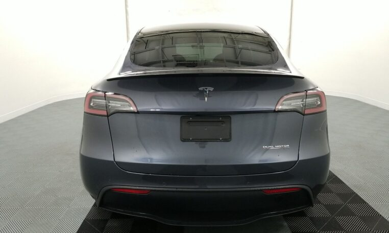 2020 Tesla Model Y Performance Electric Gray фото сзади